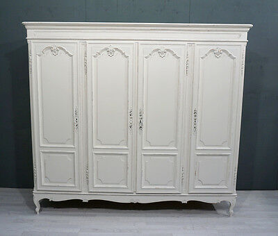 French Shabby Chic Armoire / Wardrobe  (BR231)