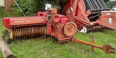 New Holland 275 Small Square Baler auxiliary Wisconsin engine power or PTO drive