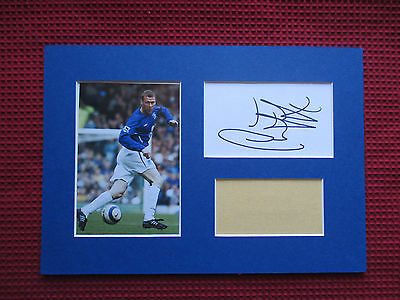 Everton Duncan Ferguson Genuine Hand Signed A4 Mounted Card & Photo Display- Coa