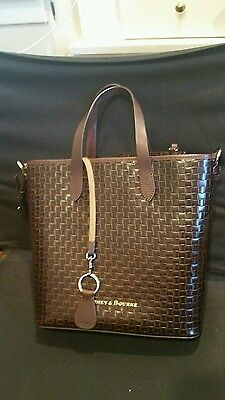 Brand New Dooney & Bourke Black & Brown weaved tote with gold hardware