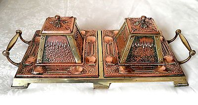 Stunning Antique Arts and Crafts Hammered Copper Brass Desk Inkwell Inkstand