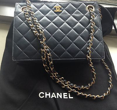 Authentic Rare Vintage CHANEL Chain Shoulder Bag - Navy Blue - Quilted Lambskin