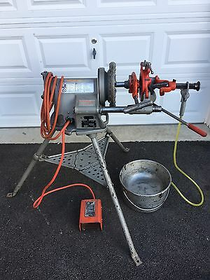 RIDGID 300-T2 Pipe Threading Threader Machine rigid ridged 300 Plumbing Tools