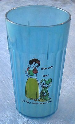 VINTAGE - 1950's - DISNEY - SNOW WHITE AND DOPEY - BLUE PLASTIC DRINKING GLASS