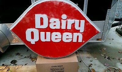 Vintage Lighted Dairy Queen Sign