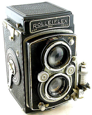 Vintage 1939-45 Automatic Rolleiflex TLR (type 3) w/Flash Sync Accessory