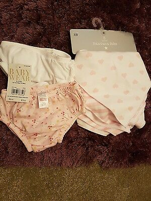 Girls bandana bibs one size and knickers 0-3months new with tags