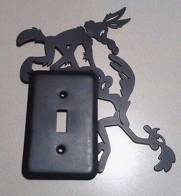 1994 Vintage Warner Brothers Light Switch Plate Wile E Coyote & Road Runner