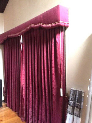 4 x WINDOW CURTAINS & PELMETS (1970's VINTAGE)