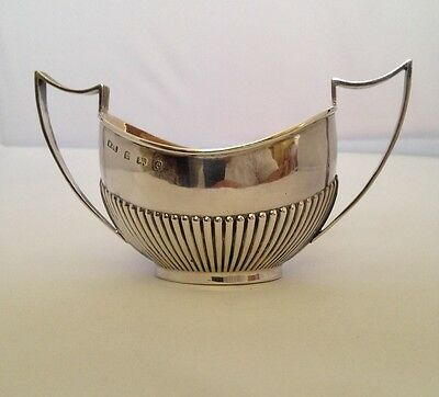 Sterling Solid Silver Sugar Bowl - W.H. Lyde - 1902 - 79.1g