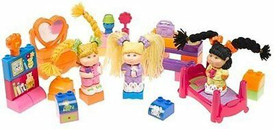 Slumber Party 3 Mix and Match Figurines P/O
