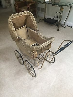 antique wicker baby/doll carriage