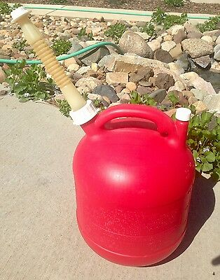 Eagle 2.5 gallon Plastic Gas Can with Old Style Spout & Vent PG3