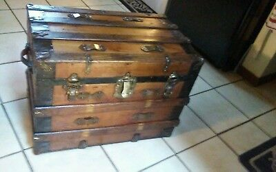 1800's Antique  Steamer Trunk Chest with Lift Out Tray