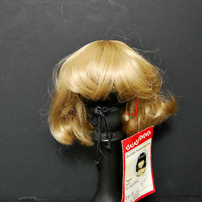Glorex Doll Wig 11-11.5 Blonde Short Bob Bangs Fits American Girl