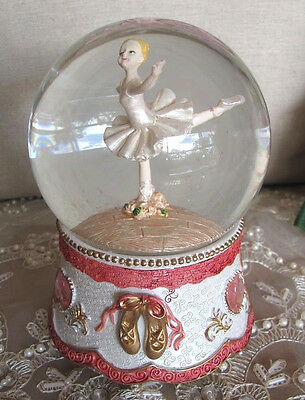 Divine White Ballerina Fairy Musical Snowglobe Glitter Hearts Water Ball