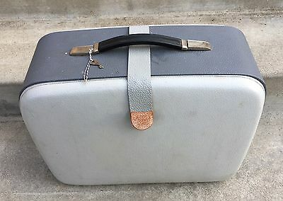 Quality PFAFF Model 360 Sewing Machine FITTED SUITCASE Style CASE