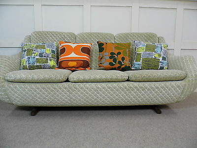 Stylish Vintage Retro Parker Knoll Egg Sofa 3 seater Mid Century design 60s 70s