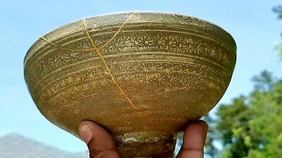 Antique Korean Celadon Bowl Kingtusi Repair 16-17th Century Korean Porcelain