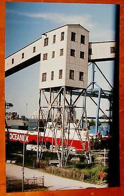 Photo Oceanix Cargo Ship In Montreal Canada In 2011  Five Roses Elevated Walkway
