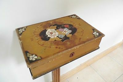 antique LACQUER BOX decorative Chinese Japanese