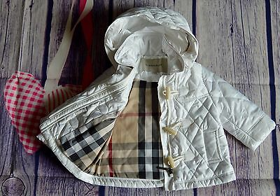 Burberry Baby Girls Designer White Diamond Quilted Jacket Immaculate 6 Months