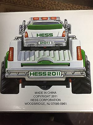 Hess 2011 Truck And Stock Car New