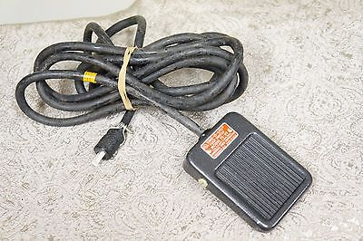 Time-O-Lite Foot switch PS-59 for Photographic Darkroom Enlarging Timer