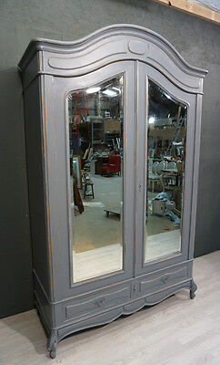 Antique French Shabby Chic Armoire / Wardrobe (BR251)
