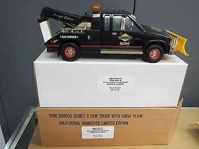 SUNOCO 1996 GOLD TOW TRUCK with PLOW-LIMITED EDITION -NIB