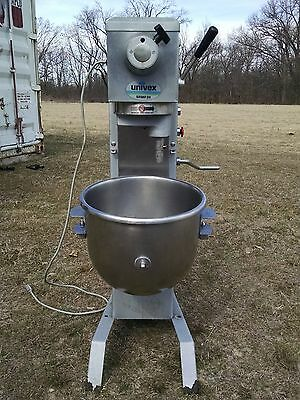 Univex 20 Qt Floor Model Planetary Dough Mixer Model SRMF20
