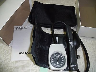 Welch Allyn Tycos Pocket Aneroid Sphygmomanometer w/Adult Size 11 Cuff 7050-14 K