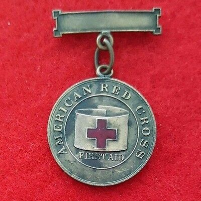 1911 Single Chain First Aid Medal of the American Red Cross