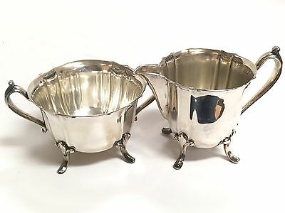 Beautiful Vtg Pair of Silverplate Georgian Meriden Footed Sugar Bowl & Creamer