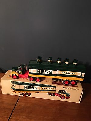 1975 hess toy truck in near mint with 6 barrels