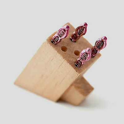 Dolls House Miniatures:  Knife Block with Knives   in 12th scale