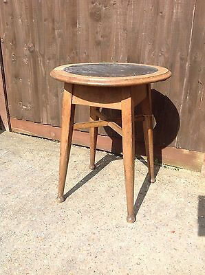 ANTIQUE SOLID OAK ROUND LAMP/PUB/COFFEE TABLE with ORIGINAL LEATHER TOP.