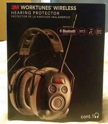 3MWorkTunes Wireless Hearing Protector with Bluetooth Technology and AM/FM radio