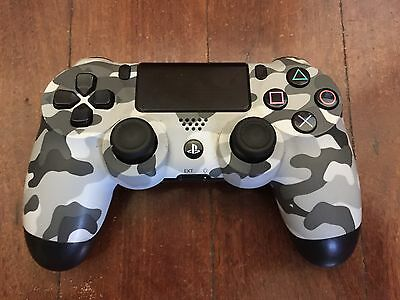 Genuine Sony PS4 Camo Wireless Gamepad Controller for PlayStation 4 Good Cond