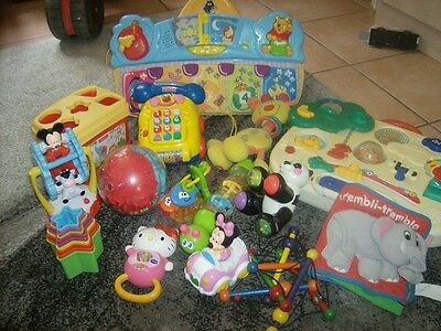 lot 15 jouets jeux d'eveil bebe 1 er et 2 eme age mickey winnie FISHER PRICE