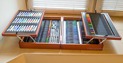CRELANDO Large Artists' Paint Box - 174 Piece Set -In a Sturdy Wooden Case .