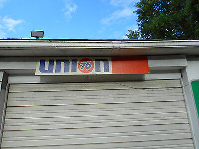 Vintage Union 76 sign plastic gas station advertising
