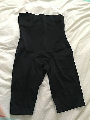 SRC recovery shorts Size M