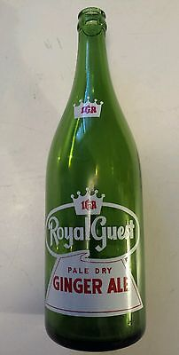 "Canadian (Toronto) ""iga - Royal Guest Ginger Ale"" 30 Oz Green Bottle-Red & White"
