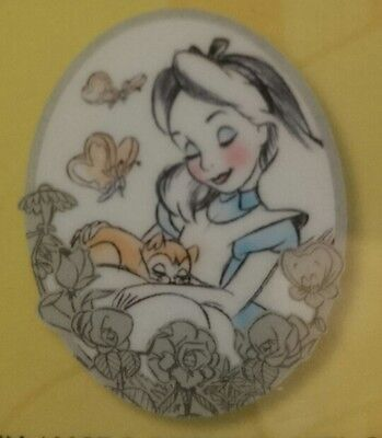 Pin Disney Paris Disneyland DLP 25 AIW ALICE DINAH OVAL PASTEL WONDERLAND