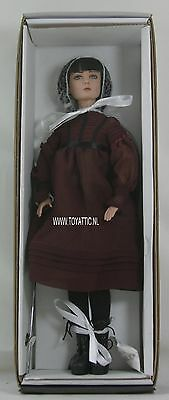 Dreary Dinner Doldrums Agnes Dreary dressed Tonner tyler doll mint in box