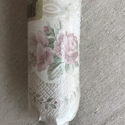 Wallpaper Border Scallop Edge Pink Flowers Pre-Pasted Washable 5 yds