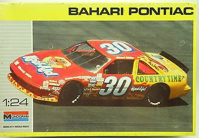 #30 Michael Waltrip Kool Aid Bahari Pontiac Monogram NASCAR Model Car Kit 1:24