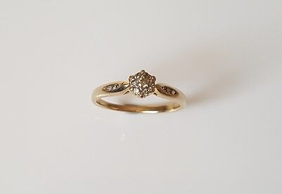 9ct Solid Yellow Gold Diamond Ring