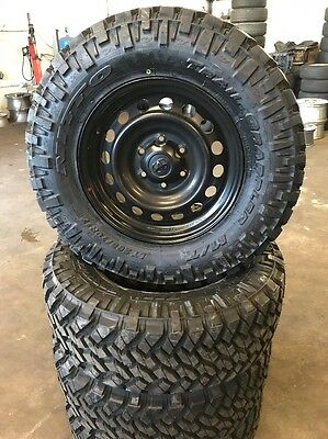 Toyota Hilux 17 Inch Wheels And Mud Tyres Nitto Trail Grappler 265/70/17
